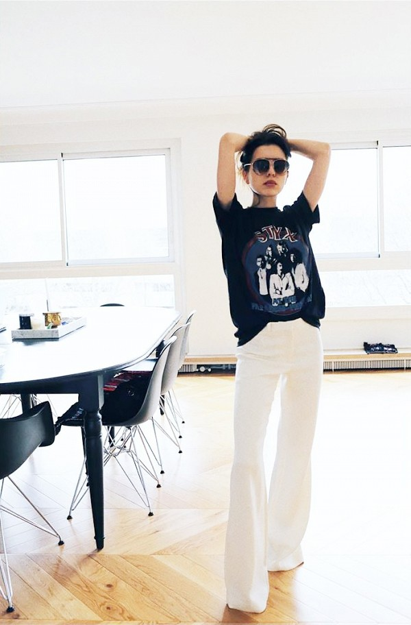 Half tucked with a pair of white jeans. (Source: Who What Wear)