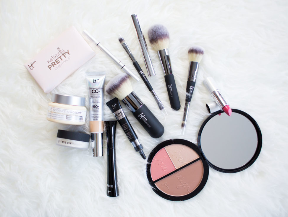 Flatlay IT Cosmetics